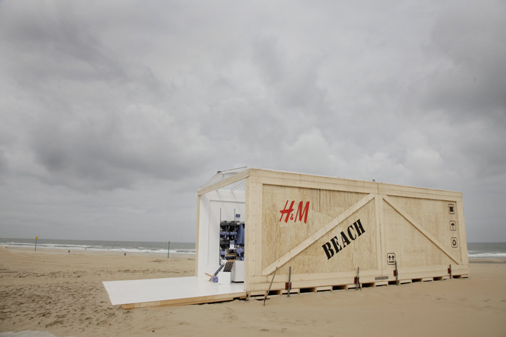 HM Beach Pop up Store H&M Beach Pop up Store