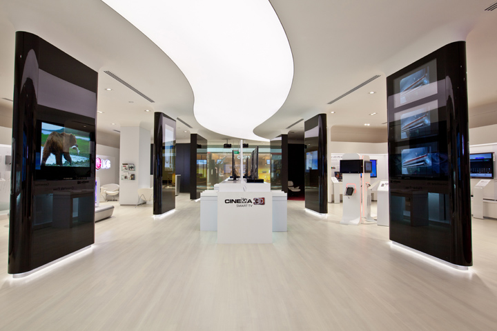 Storeage creates lg retail experience store in singapore for Household experience design