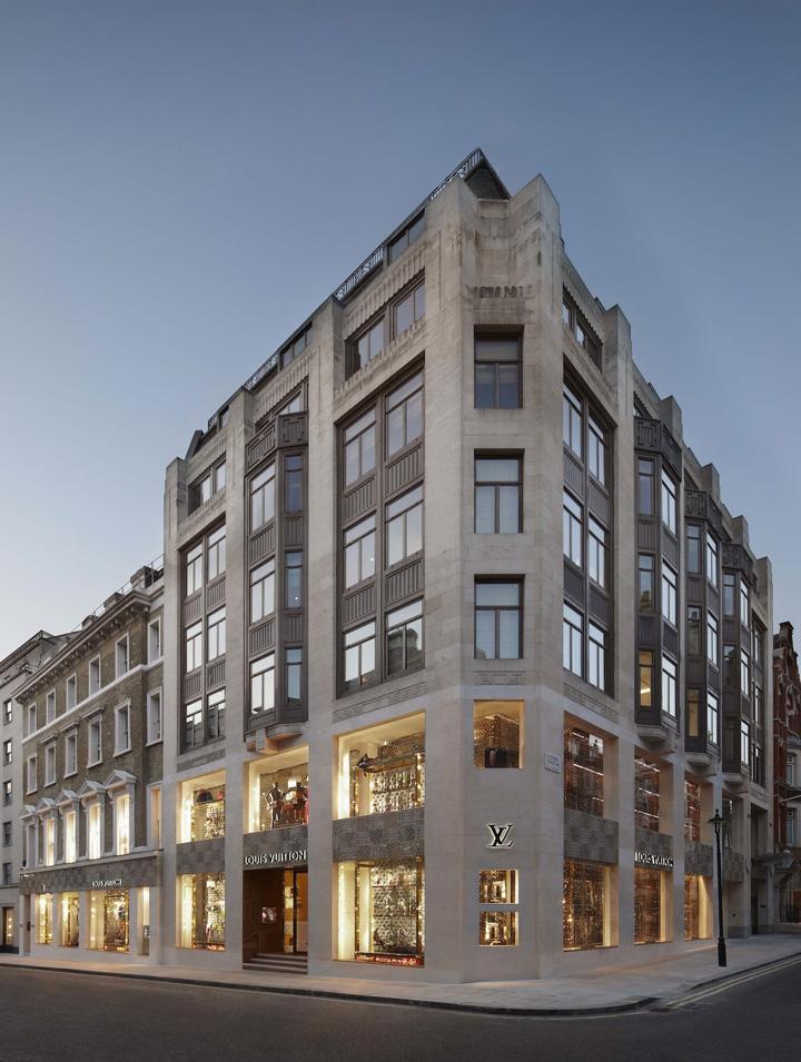 Louis Vuitton 'Roma Etoile' Boutique - 10Best