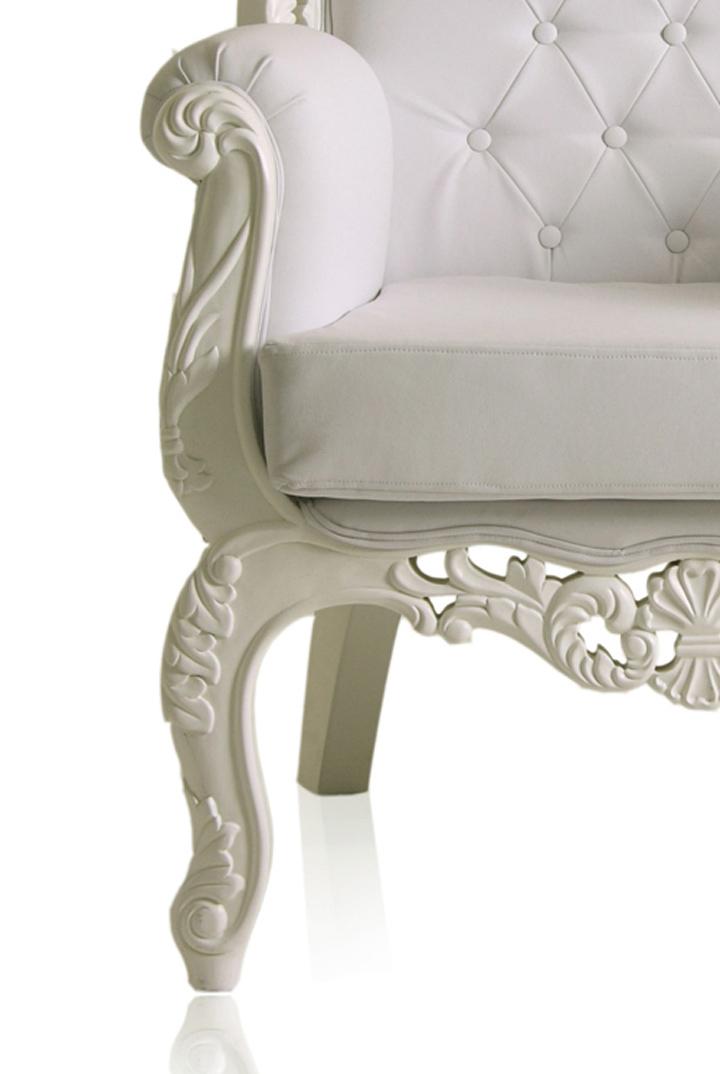 » Royal Armchair by Modani