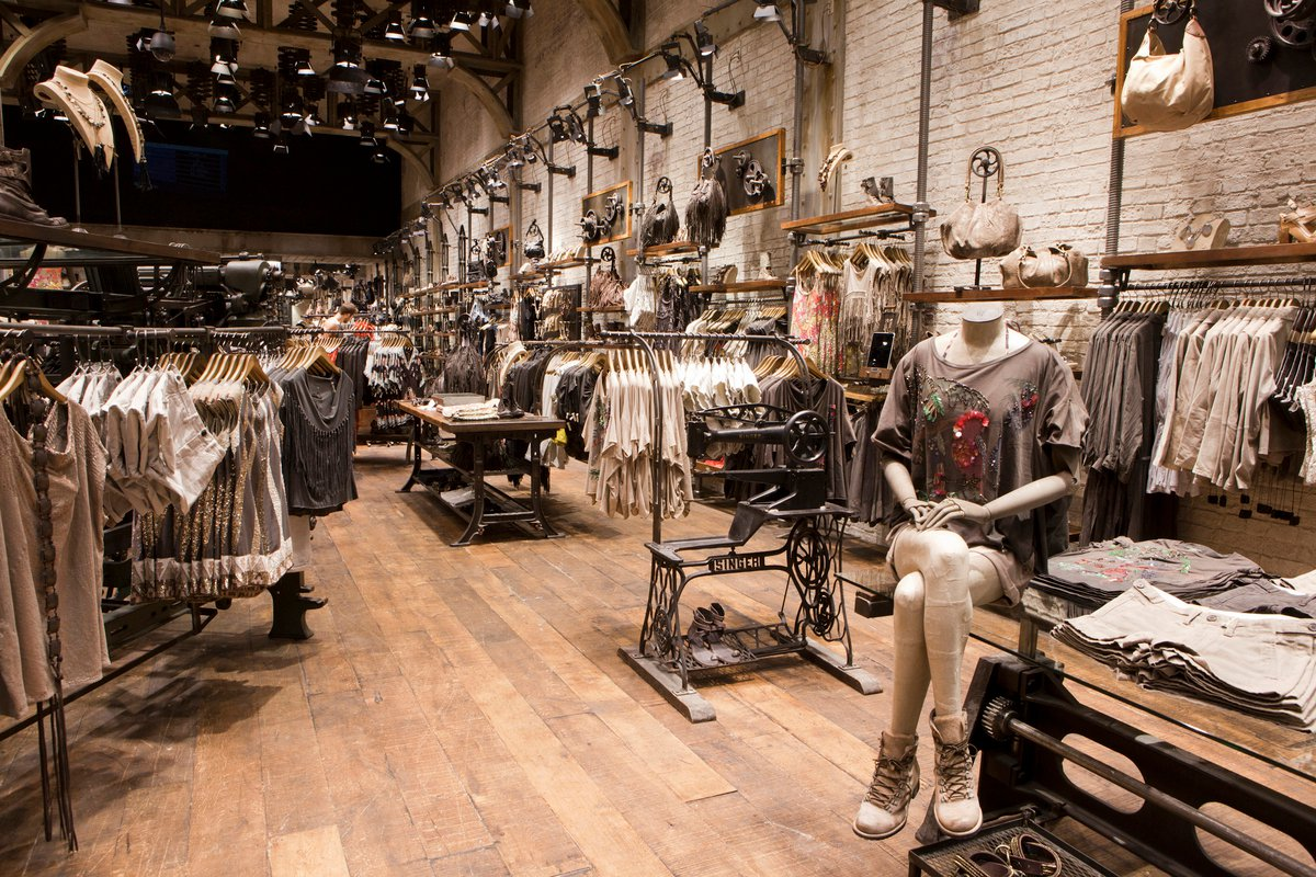 Allsaints spitalfields michigan avenue chicago 10 retail for All about interior design