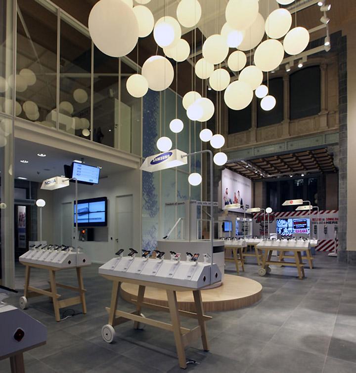BASE Flagship Store by Creneau International BASE Flagship Store by Creneau International, Antwerp