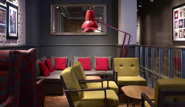 187 Costa Coffee By Stiff Trevillion Architects London