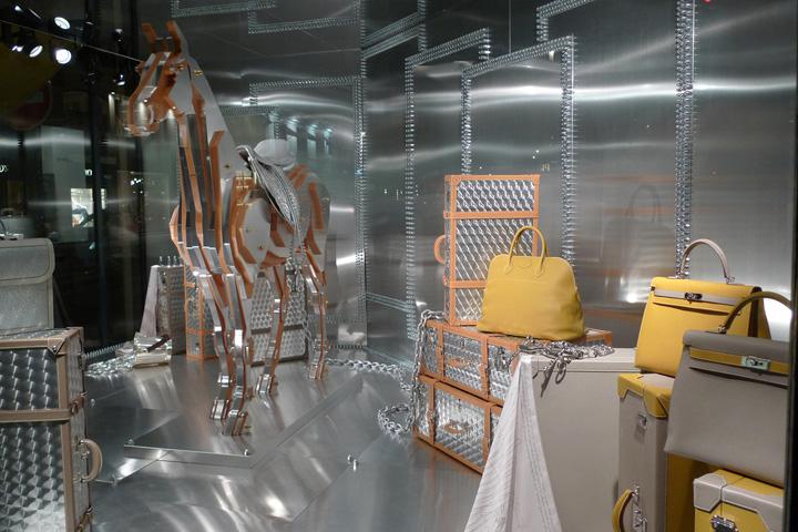 187 Hermes And His Metal Horse Window Display Paris