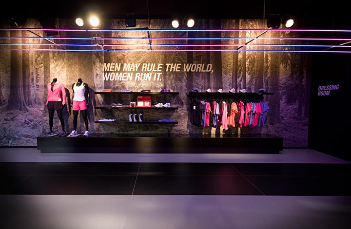 » Nike Running Club by …,staat, Amsterdam