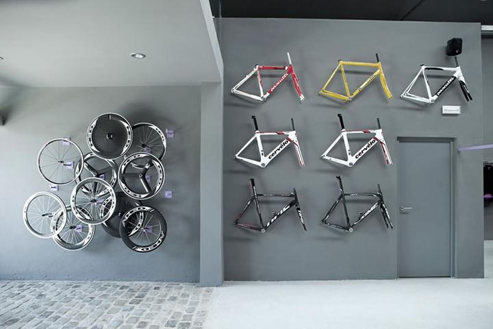 bicycle interior design low budget interior design rh oousiulfih elitescloset store bicycle showroom interior design bicycle showroom interior design