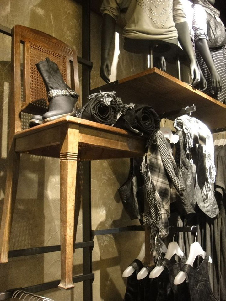 Shoe Stores Emmaus