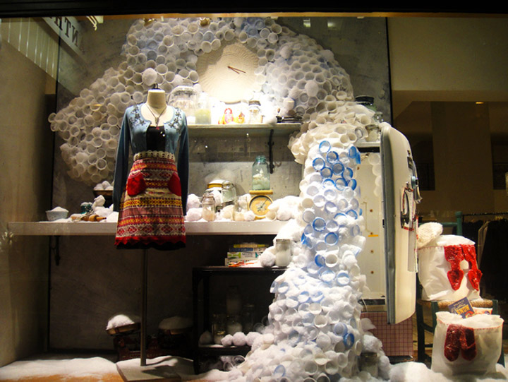 Anthropologie window displays 15 Anthropologie window displays