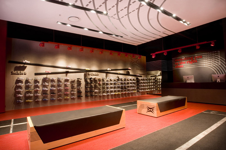 Footpoint Shoe Clinic Opened In Sydney. Interior Design ...
