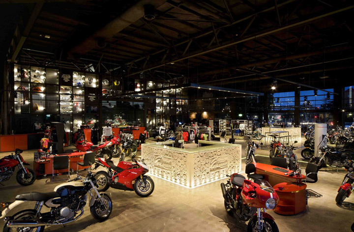 Fraser Motorcycles by Dreamtime Australia Design, Sydney