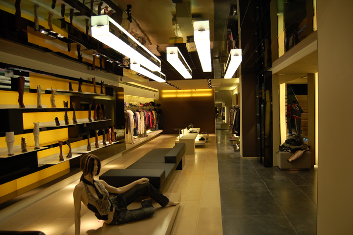 Heaven luxury multibrand store by Artica, Budapest u2013 Hungary u00bb Retail Design Blog