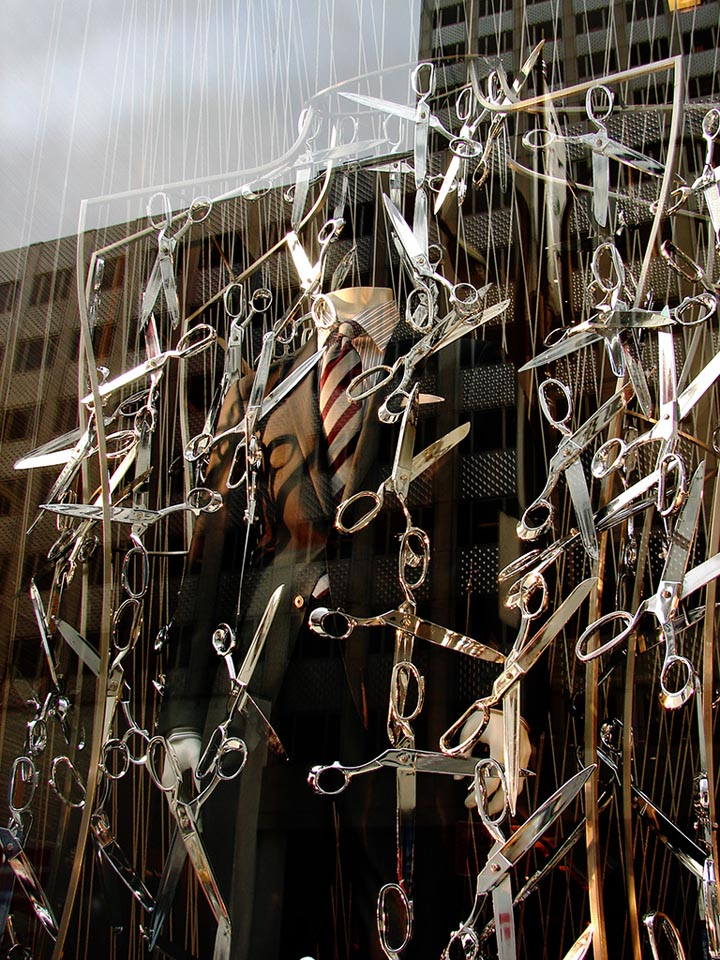 Ermenegildo zegna window display new york retail design for Salon xmas decorations