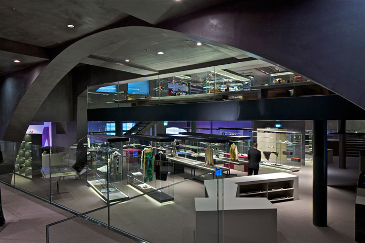 excelsior milano concept store by jean nouvel milan ForStore Design Milano
