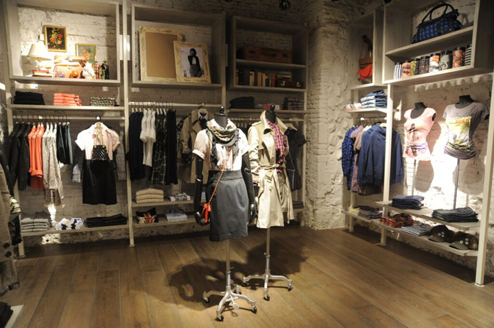 Pepe Jeans London flagship store, Rome