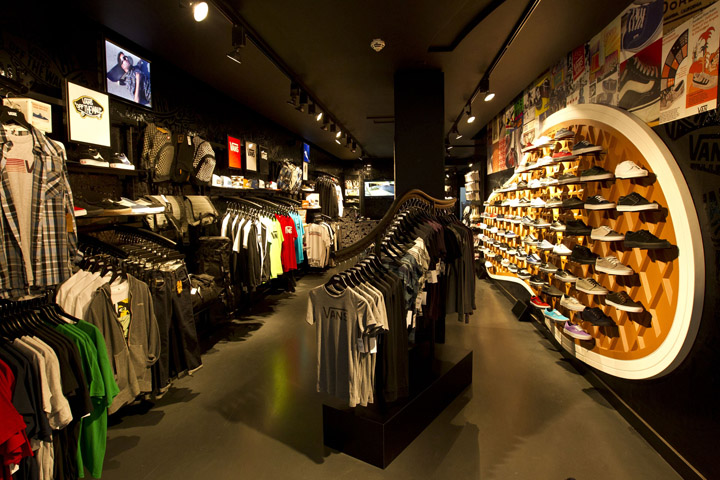 » Vans flagship store, Munich Vans Outlet