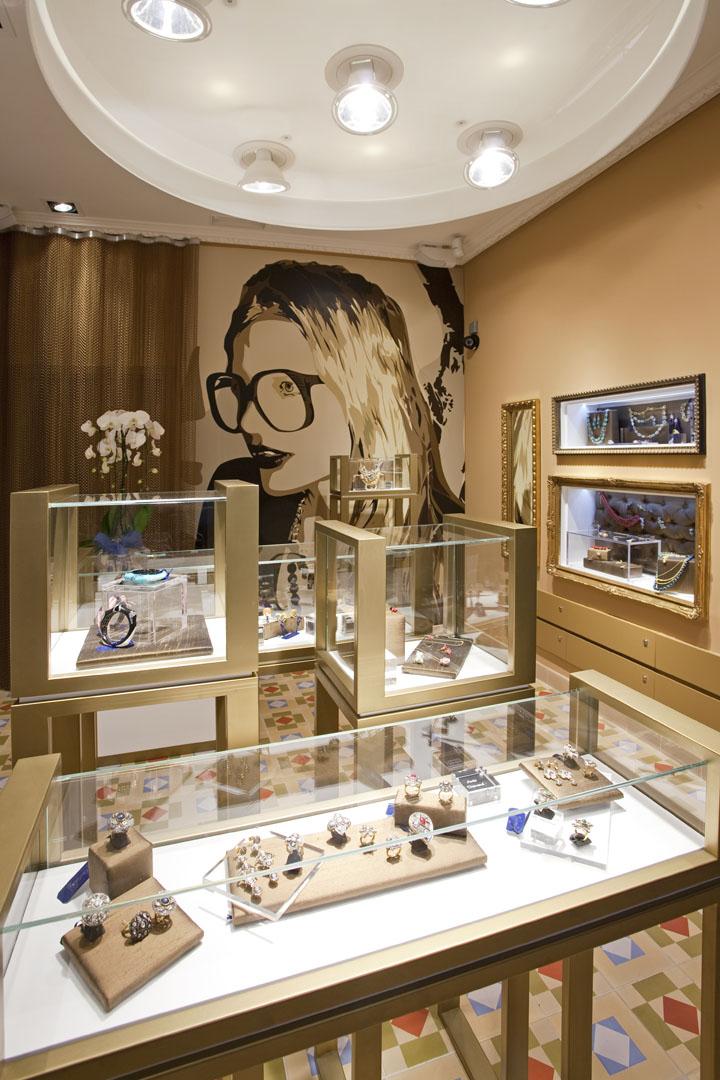 187 Ohmygod Jewelry Store By Marketing Jazz Madrid