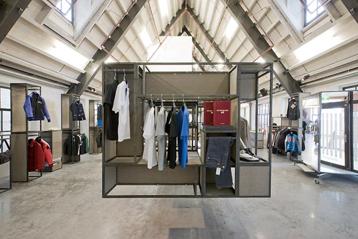 Precinct 5 by Kuub Amsterdam 02 Precinct 5 concept store by Kuub, Amsterdam
