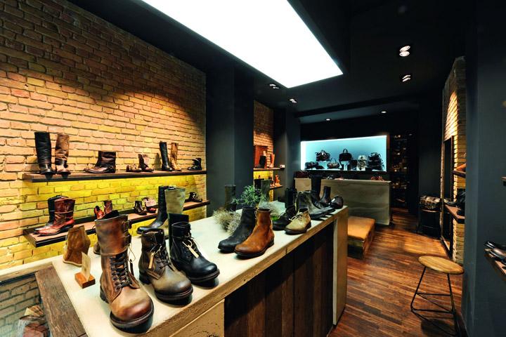 187 14 Oz Shoes Store Berlin