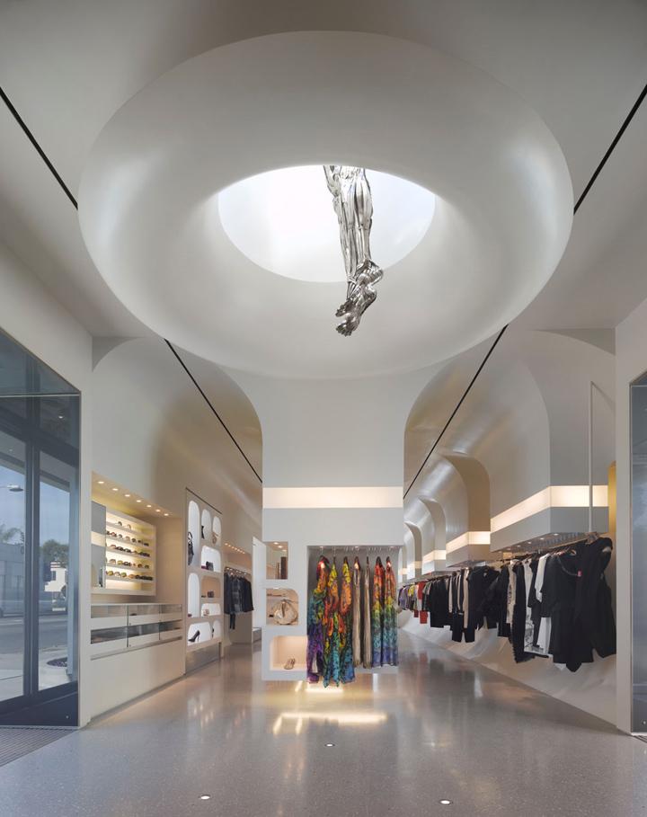 Alexander McQueen flagship store by Pentagram, Los Angeles