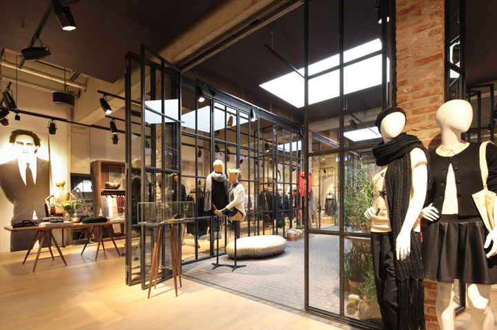 187 Esprit Lighthouse Store By Reich And Wamser Cologne