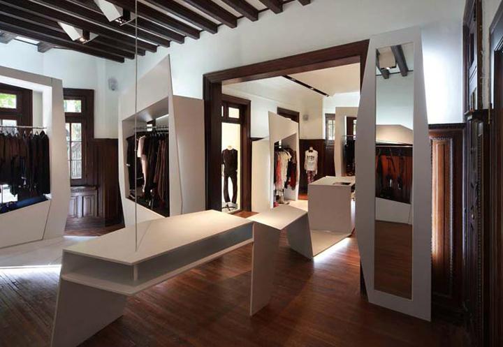 187 Tips Fashion Store By Byn Shanghai