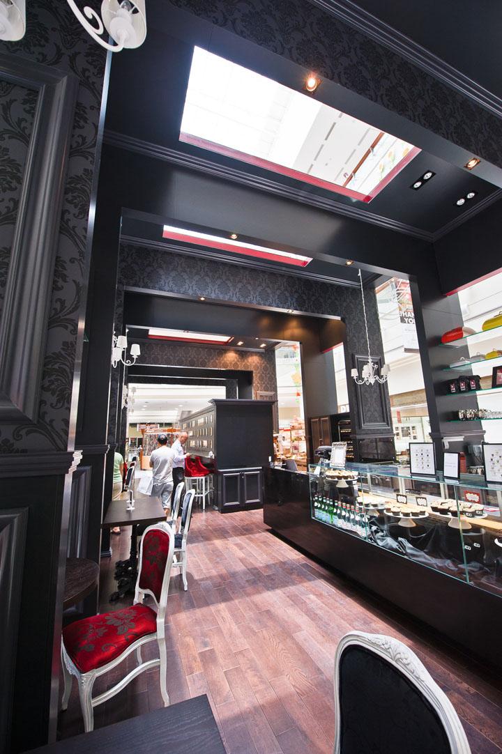 187 Bloomsbury S Cupcake Kiosk By Carbon Abu Dhabi