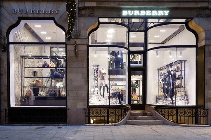 Burberry Brit Store A Milano : Burberry store stockholm retail design