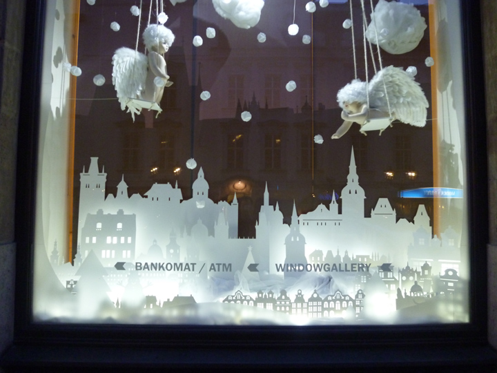 Christmas Window Displays.Interactive Christmas Window Display By Wellen Prague
