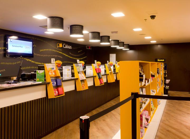 Saraiva Bookstore By Fal Design Estrat Gico S O Paulo Retail Design Blog