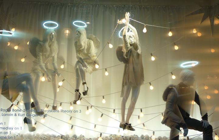 上海亮相视觉专注于零售设计咨询,零售视觉培训,橱窗道具制作