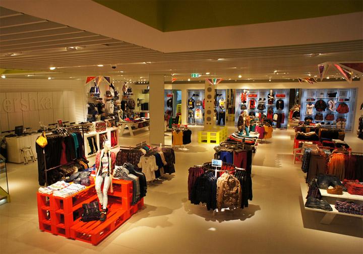bershka shop interior decoration  u0026 lighting by alex montiel  u00bb retail design blog