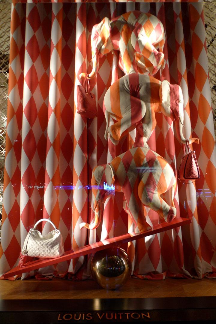 Louis Vuitton Circus Windows Paris 187 Retail Design Blog