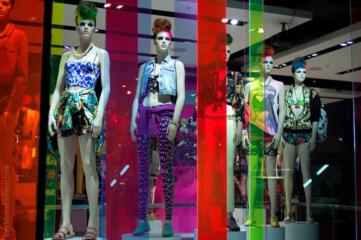 Topshop Window Display By Blacks Vm London 187 Retail