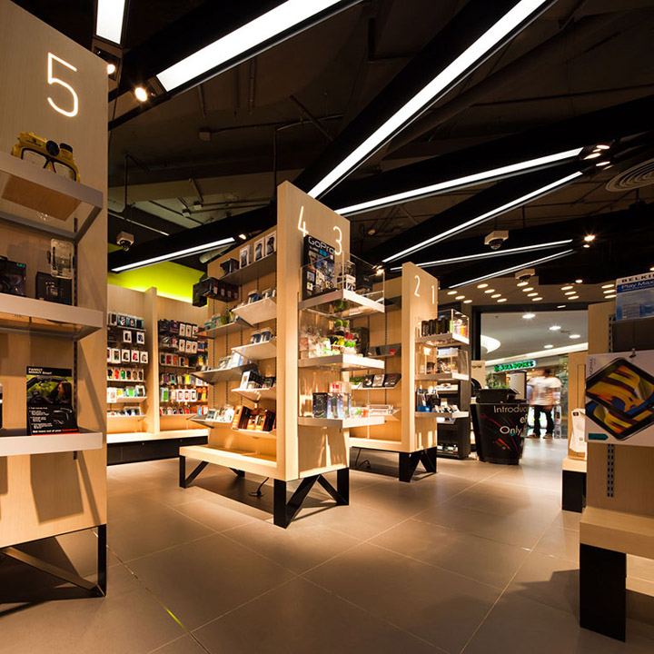 Life store by Whitespace 2031fd744aef