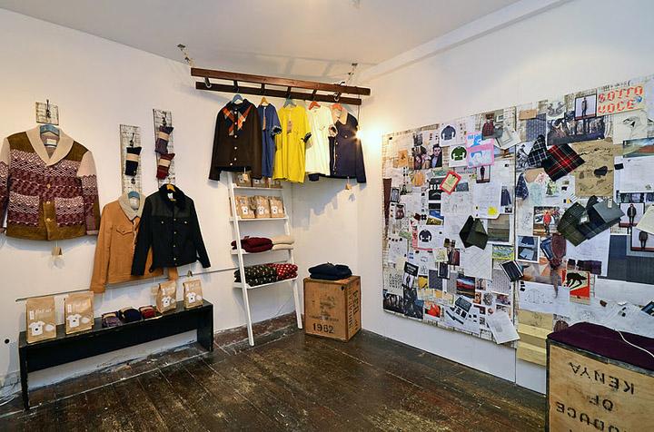 Percival pop up store london 02 retail design blog - Designer pop up store ...