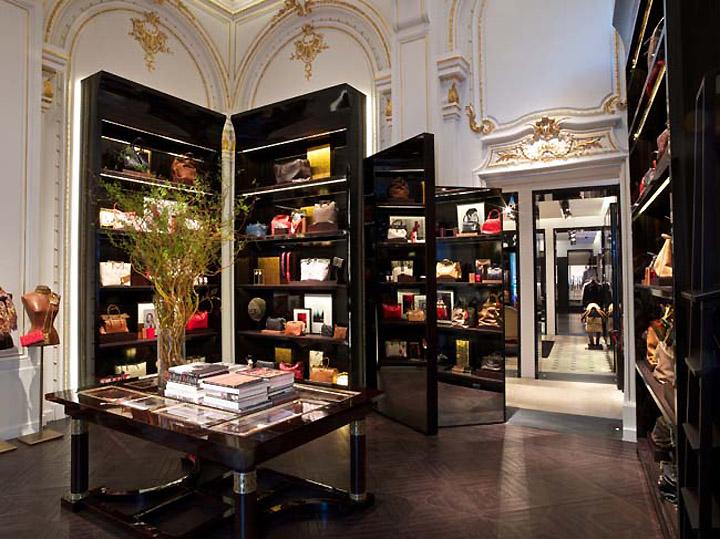 Carolina S Cake Design Store Frosinone : CH Carolina Herrera store, Paris   Retail Design Blog