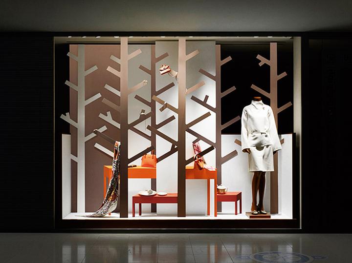 Herm s windows by nendo japan retail design blog for Japanese window design