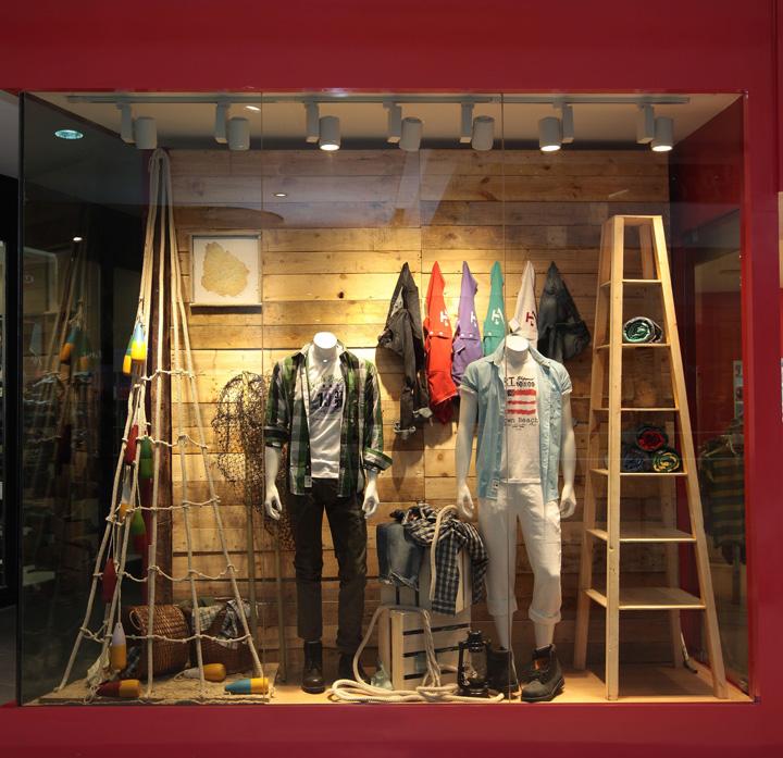 Lighting Retail Stores: » Izod Window Display