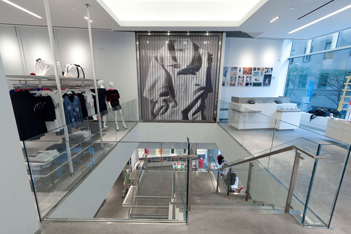 Lacoste flagship store by design republic partners new for Interieur verlichting auto