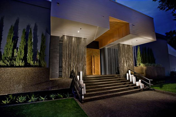 my house nightclub by dodd mitchell los angeles retail. Black Bedroom Furniture Sets. Home Design Ideas