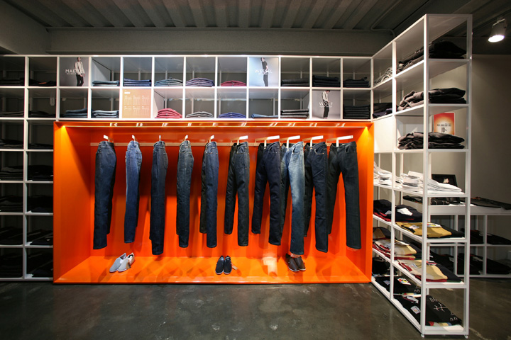 PLAC Jeans flaship store by URBANTAINER, Seoul » Retail Design Blog