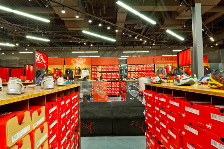 Puma store by nathan lee colkitt architects ontario california for Interior alternatives manufacturers outlet mall