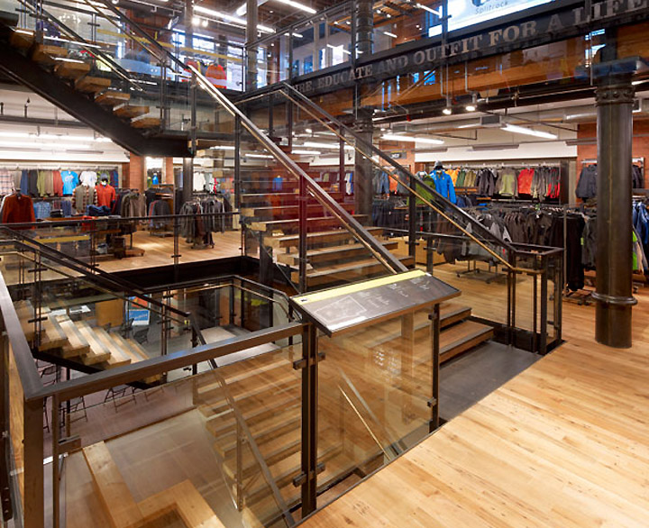 Rei retail store by callison new york retail design blog for Exterior design of a retail store