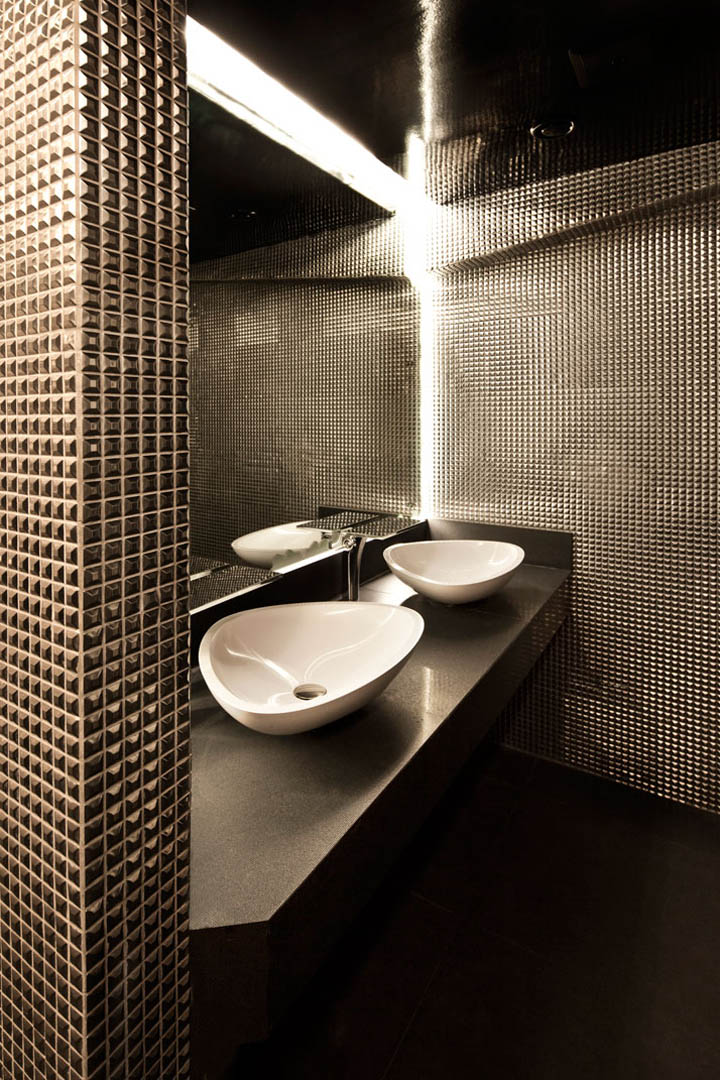Alegra restaurant lounge and bar by mr important dubai for Bathroom w c meaning