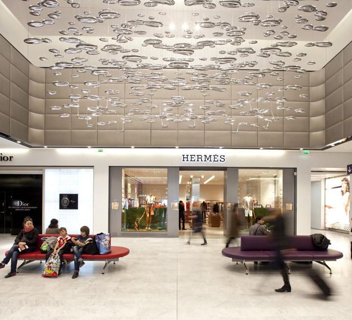 Charles de Gaulle airport shopping center WCIE 03 Charles de Gaulle airport shopping center by W&CIE, Paris