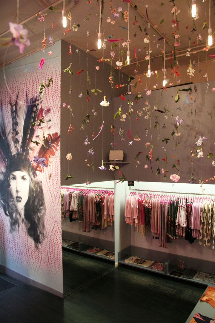 187 Custo Barcelona Flagship Store By Francesca Signori New