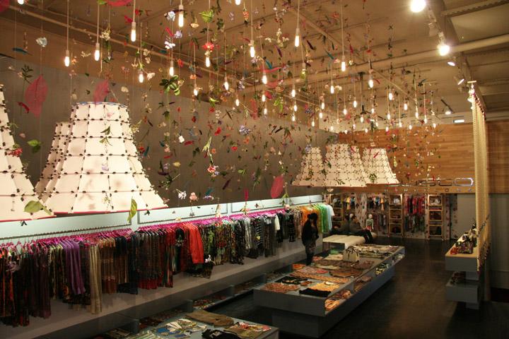 9163e25e826 Custo Barcelona flagship store by Francesca Signori