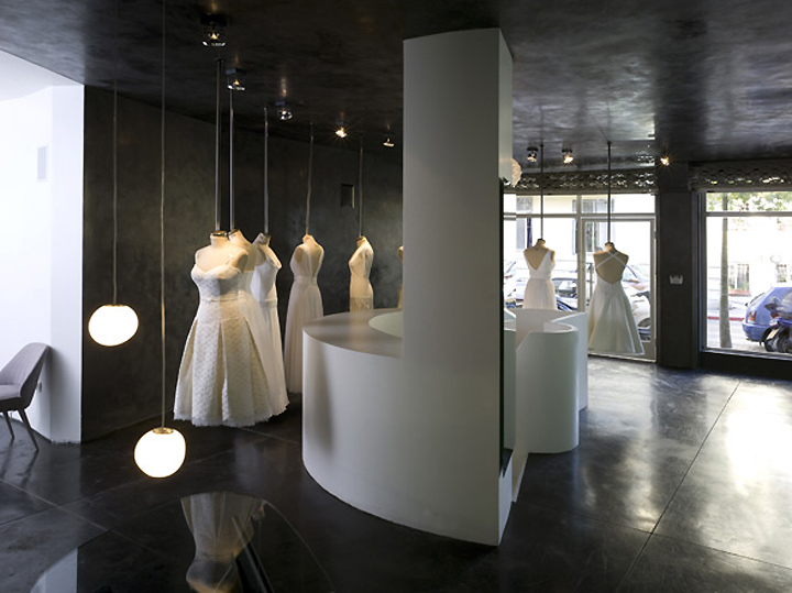 Hila Gaon Wedding Gown Store By K1p3 Architects, Tel Aviv
