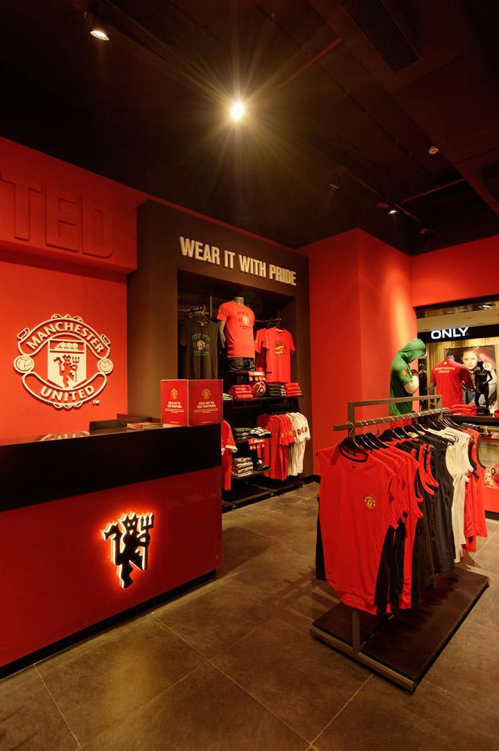187 Manchester United Store Mumbai