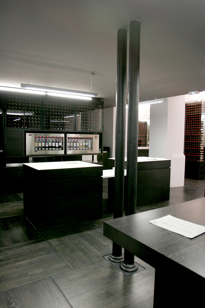 max wine gallery by antonio rico architecte bordeaux retail design blog. Black Bedroom Furniture Sets. Home Design Ideas